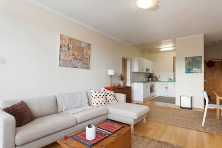 Pristine Greenwich peninsula unit - Greenwich