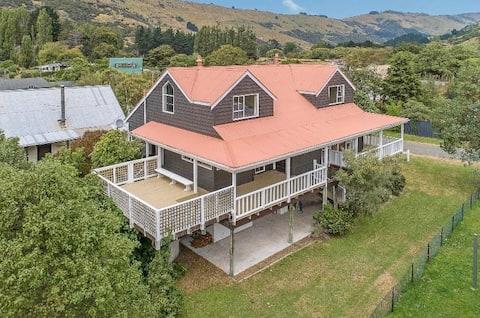 Le Bons Bay Beach House