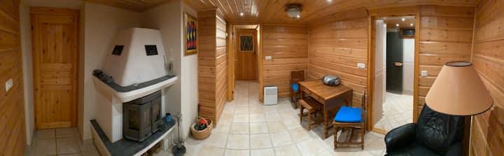 4 rooms (own floor)in villa, Sauna, Jacuzzi & more