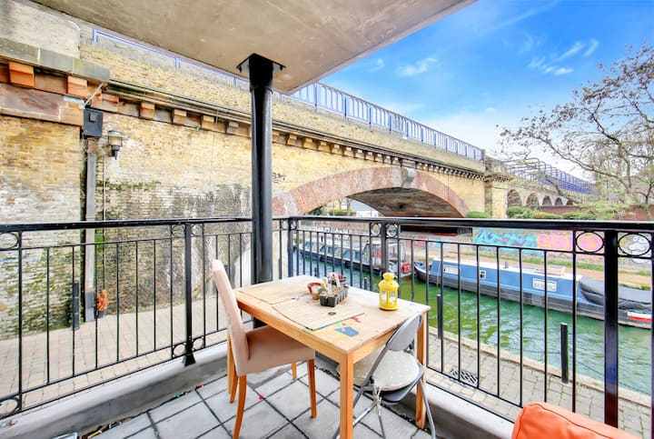 Huge canal side room with shared balcony