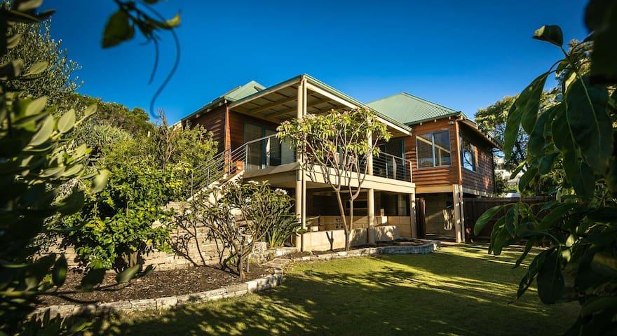 Gnarabup Views Beach House