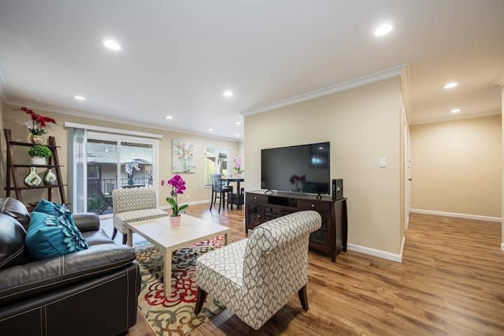 888 Cozy Modern Apartment Saratoga / Cupertino