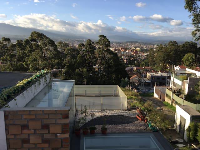 """Bambu Sierra"" Amazing view - Moderne Suite"