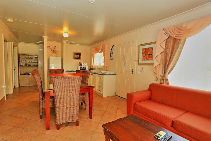 Lovely 3 bedroom chalet in Swan Valley - Henley Brook - Apartment