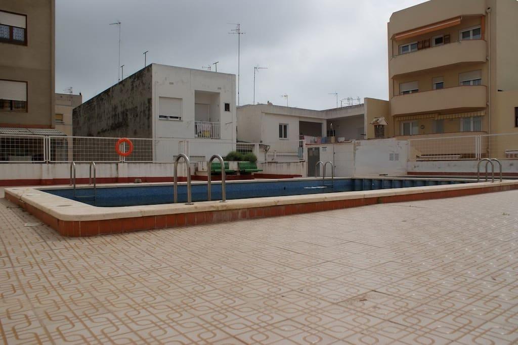 accès direct à la piscine.