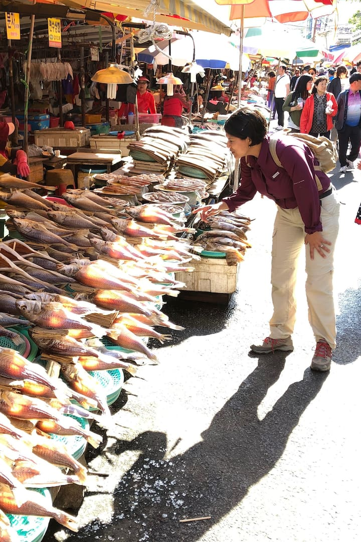 Exploring Local Fish Market