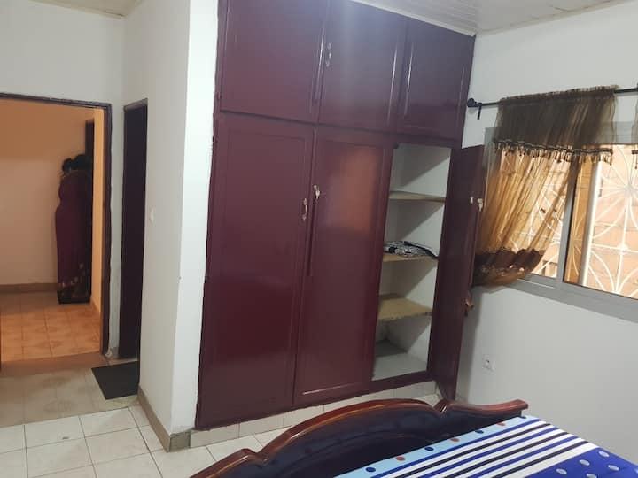 Appartement meublé situé à Douala Bonamoussadi