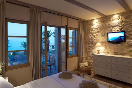 Sea View at Casa Maistra beach apt. - Rethymno