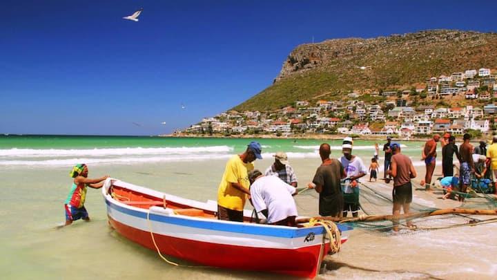Entire Luxury Seaside Villa Fish Hoek Cape Town