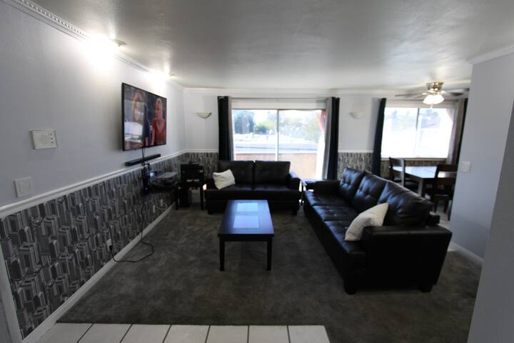 2 bed/2 Bath Condo in NoHo (newly remodeled) - Los Angeles - Appartement en résidence