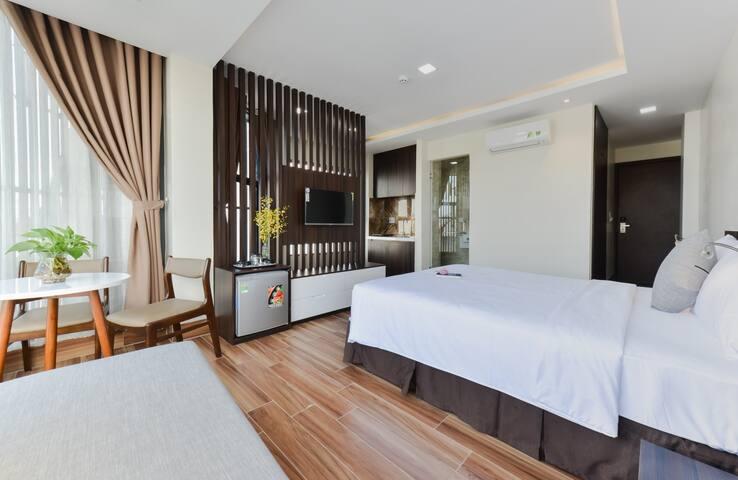 Yen Vang | Suite Mountain View | Near the beach #2