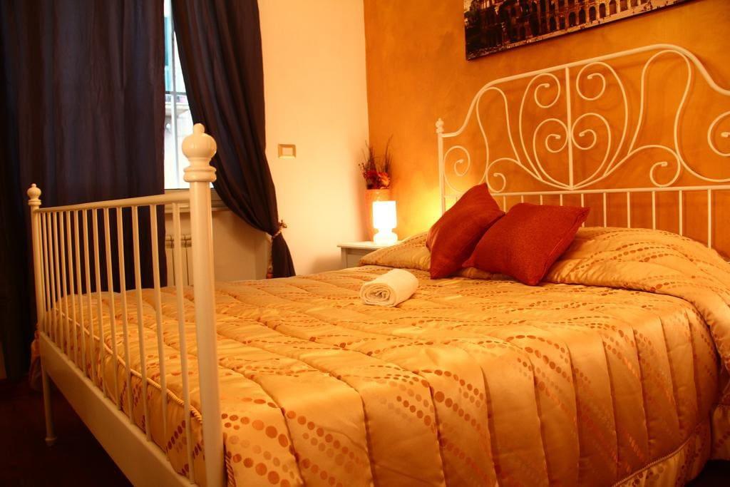 Stanza Oro - Gold Room