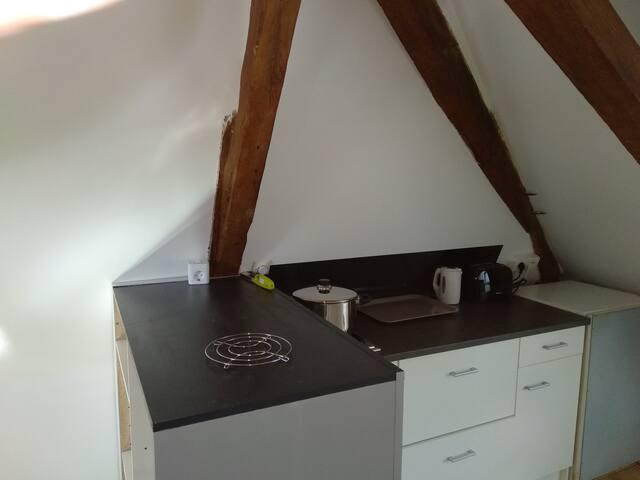 Studio calme et atypique proche d'Angers
