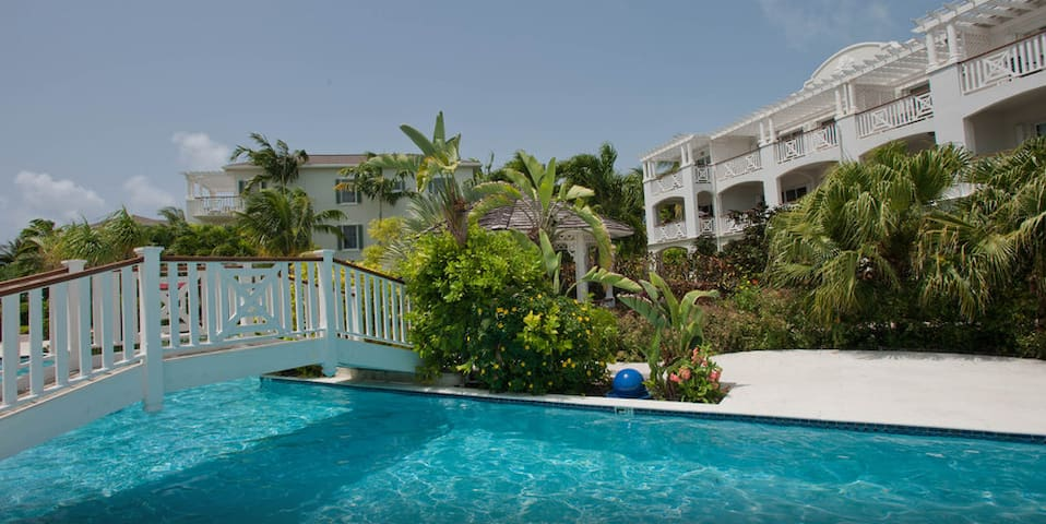Studio at Grace Bay Beachfront Royal West Indies