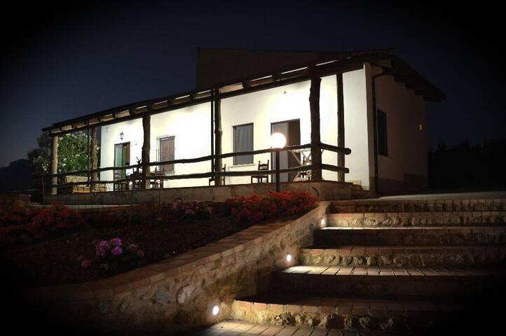 Diego's House - Azienda Agrituristica Caridà