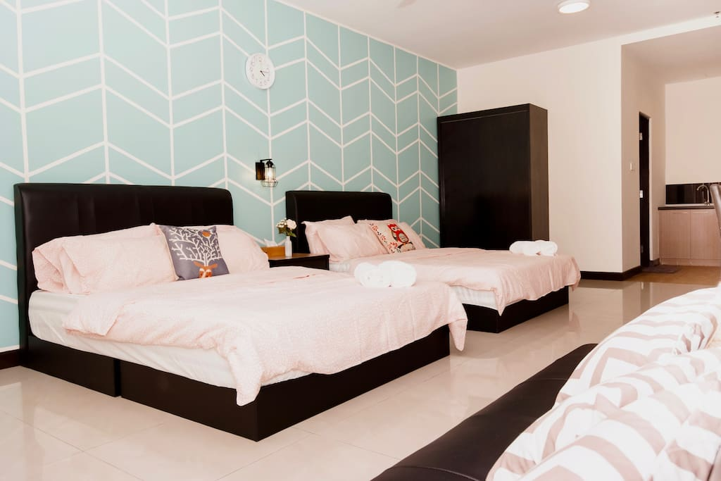 Gorgeous designed family suites (2-7 pax) , ALL BRAND NEW!!
