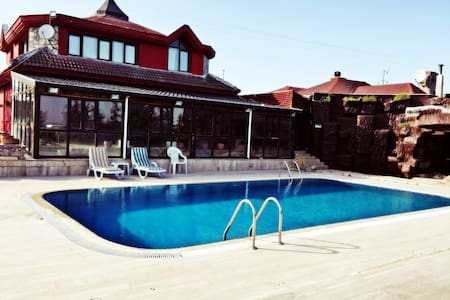 Super Luxury Farmhouse in Silivri