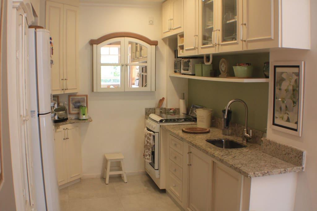 Cozinha americana completa // Full equiped Kitchen