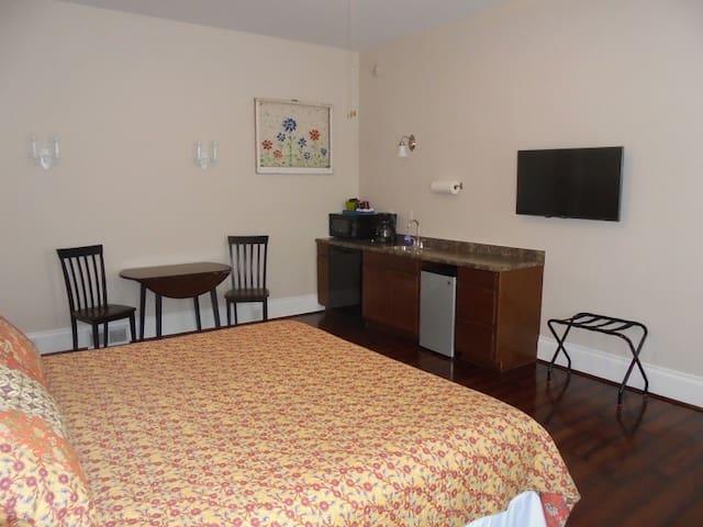 Lake Huron Lodge Suite 3