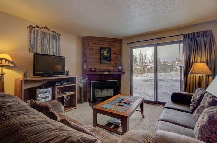 Beautiful Steamboat Condo with Great Amenities and Location - Timber Run 316