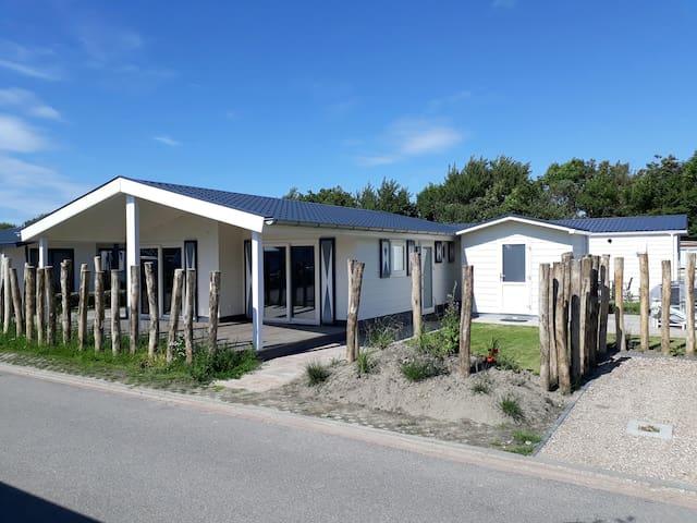 Schönes Ferienhaus in Zeeland (Zoutelande,Domburg)