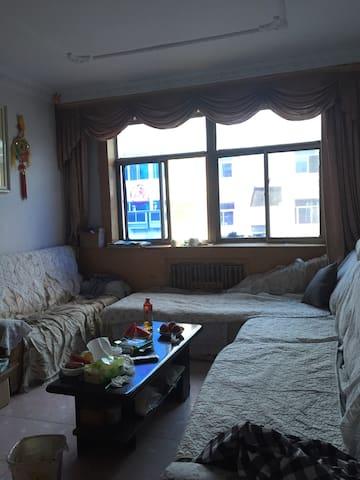 出水芙蓉家里客厅的沙发