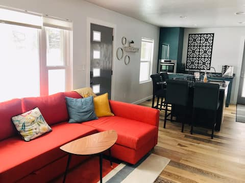 Pamperin Park cottage -  house  completely updated