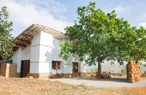 Amplia y Fresca Cabaña Campestre cerca a Barichara