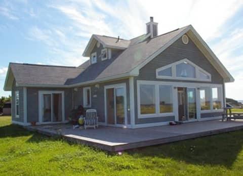 Ocean View Beach Cottage