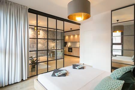 LaureL-oft  Apartment