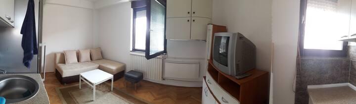 Studio Azmanovski