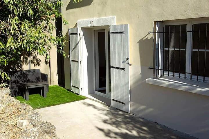 Arles centre ville studio de 35 m2