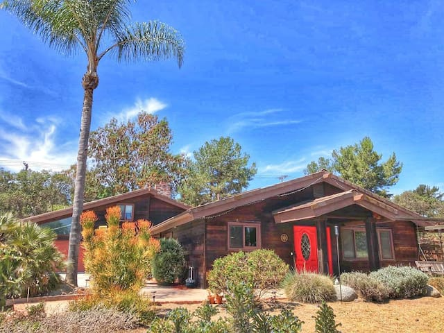 Crystal Ranch Retreat 4BD Encinitas/RSF Oasis