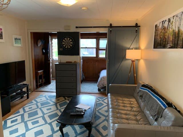 Cozy Northampton Apartment