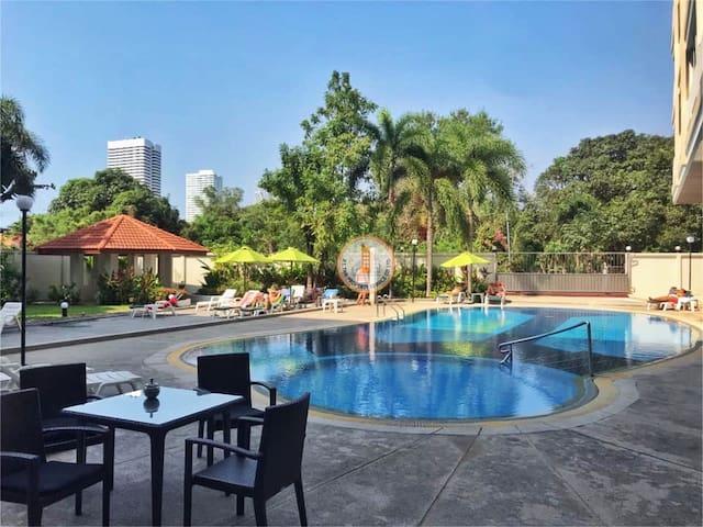 Big beautiful apartment Pattaya