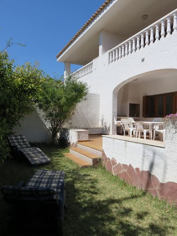 Large family house with swimming pool & tennis. - Alcossebre - House