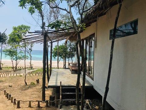 Ocean View Twin - Long Beach Resort