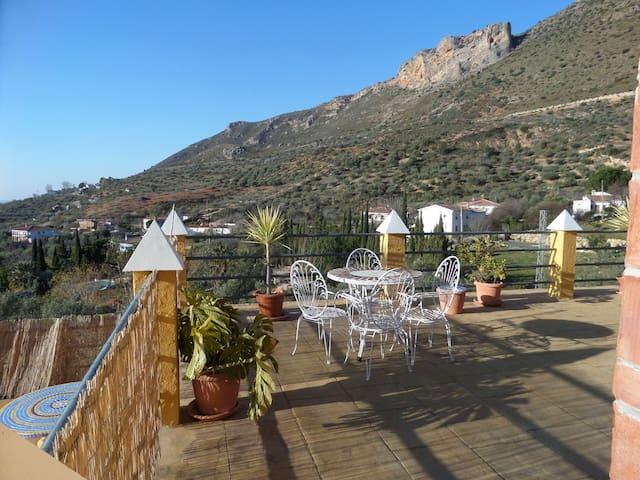 prachtige vakantievilla te huur - Alcaucín - Villa