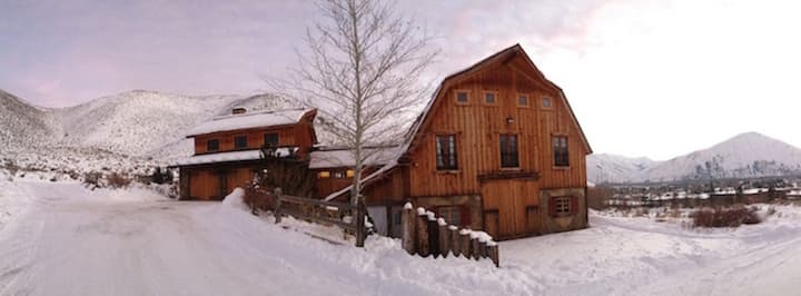 Gorgeous Converted Barn in the Sun Valley Area