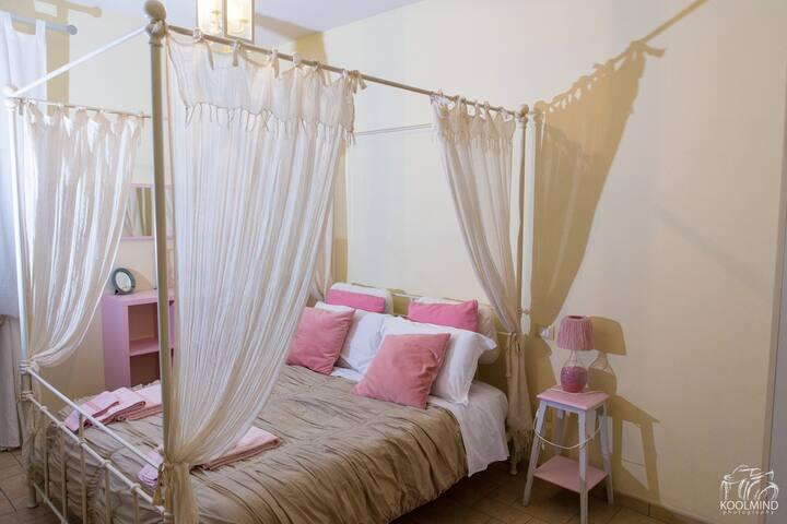 Room with garden San Gimignano