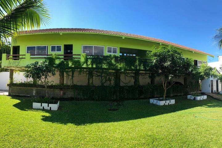 Private Rooms | Km 3.5 a Monterrico