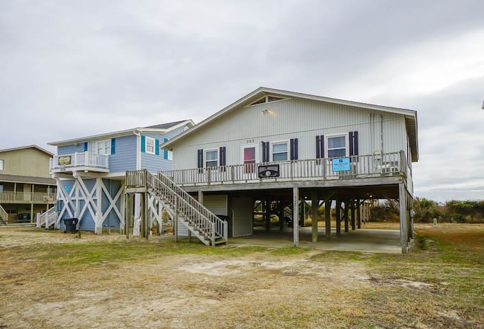 Oceanfront 4 bedroom, 2 bath Beach Cottage with Large Dune Front Deck.