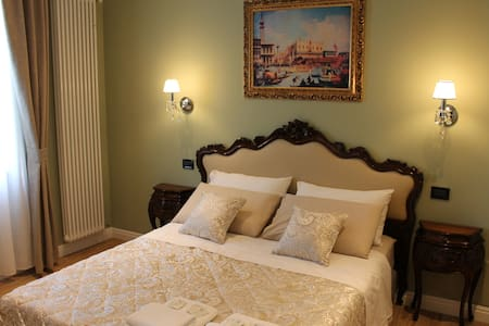 Dream of Venice, charm antique and comfort - Velence - Szoba reggelivel
