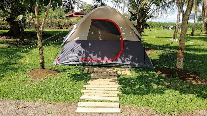 Camping out with the stars and Arenal Volcano