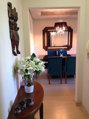 Lindo apartamento em Canela - RS - Canela - Apartment