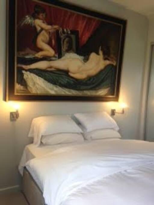 Sumptuous Kingsize bed