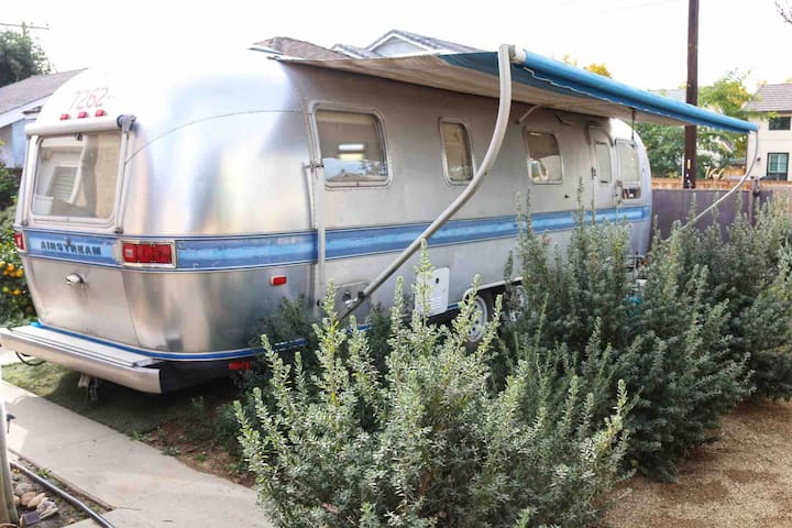 RV AIRSTREAM TINY LIVING BY LONG BEACH AIRPORT