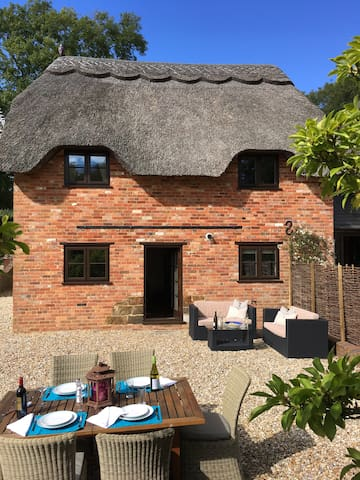 New to Airbnb - The Quintessential Dorset Cottage