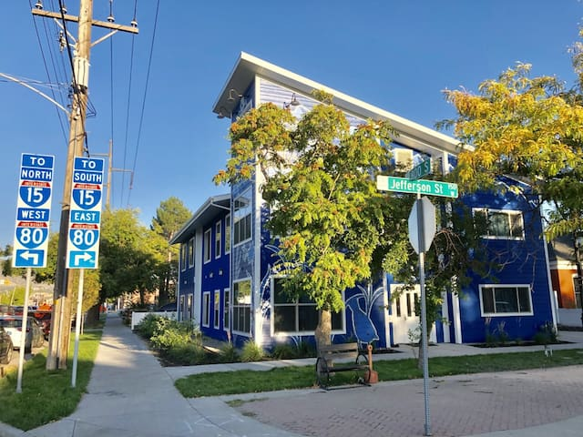 NEW SLC Hostel (Private Triple) 1