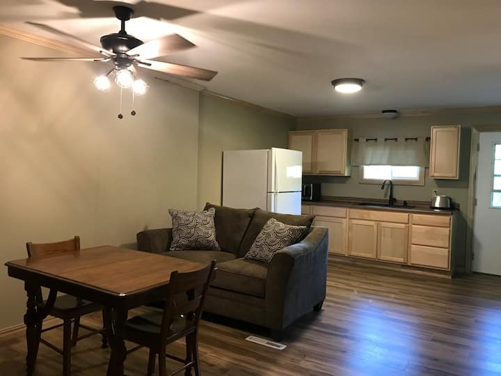 Munising Get Away on the Hill-2 Bedroom